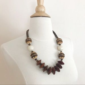 Vintage Chunky Wood Shell Necklace Boho